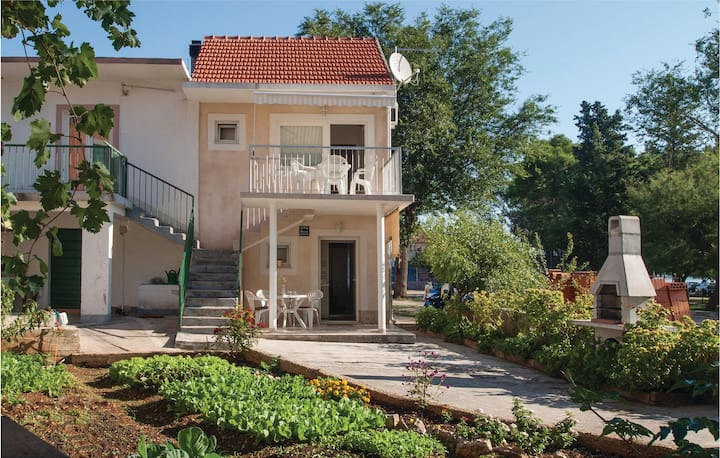 Amazing home in Raslina with WiFi and 1 Bedrooms
