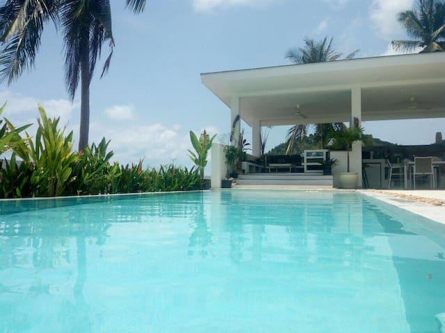 """Chambre double, """"RUBIS""""vue mer, piscine Koh Samui"""