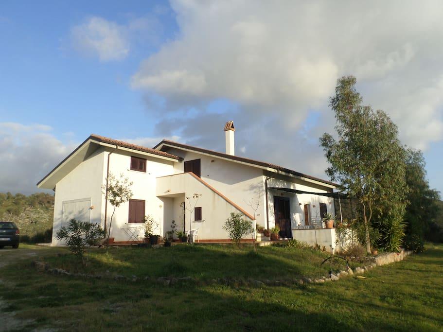 Casa di capagna, lato ovest