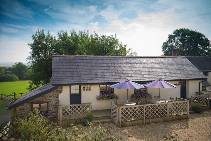 The Cider Barn - Chittlehampton - Ev