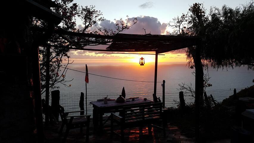 Shark Room - Leo's Lodge The Heart of Cinque Terre