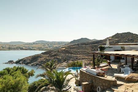 The SaltWater Villa - Mykonos JMK