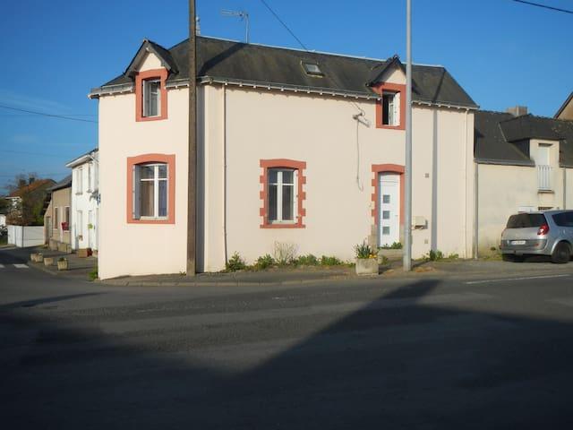 maison située à 30 mn de la cote - Pontchâteau - Huis