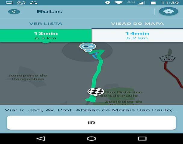 13 minutos ao EXPO SÃO PAULO. Rotas de carro da casa ao Expo SP, calculada por aplicativo GPS às 12 horas de uma sexta-feira.  Avalie se ir de aplicativo ou táxi é melhor  do que pagar estacionamento. Perto do EXPO SP tem poucas ofertas de serviços.