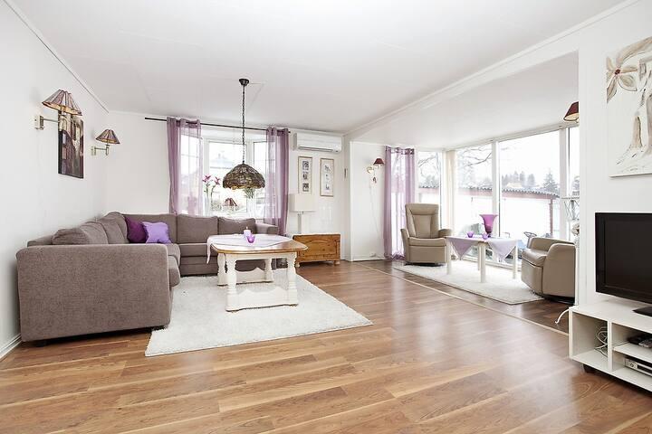 Single house - 4 beds, 1,5 baths, 25 min from Oslo