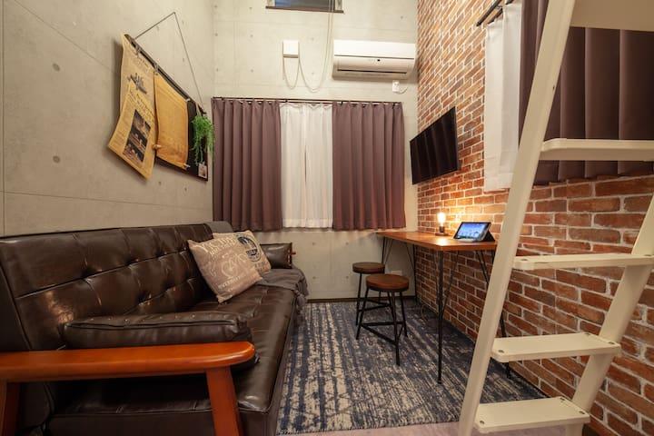 付阁楼空间的1K公寓/近车站/提供免费WiFi/方便前往市中心