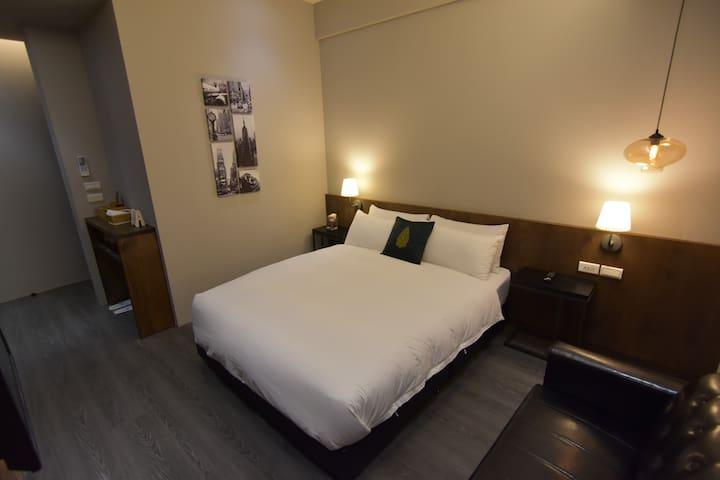 樸。貳巷 Simple life Room 2F