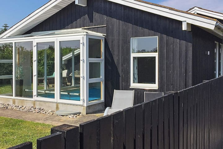 Pleasant Holiday Home in Juelsminde with Barbecue