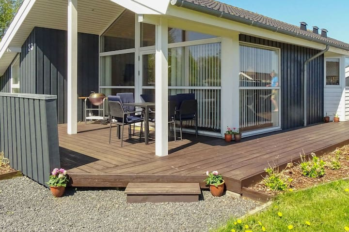 Modern Holiday Home in Otterup Funen with Indoor Whirlpool