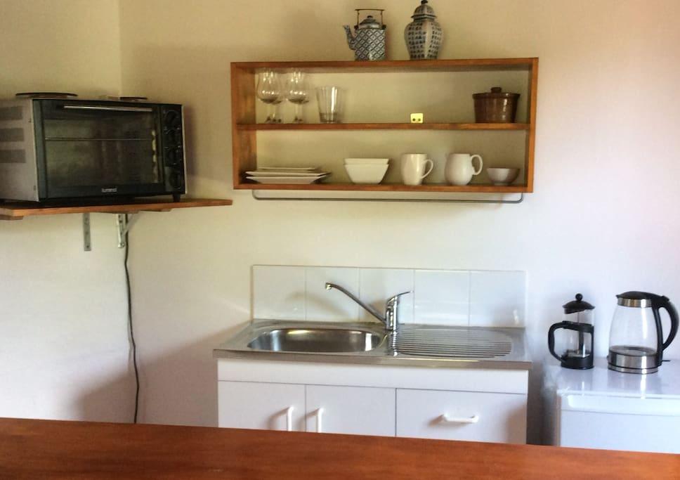 leafy studio apartment appartements louer vaucluse nouvelle galles du sud australie. Black Bedroom Furniture Sets. Home Design Ideas