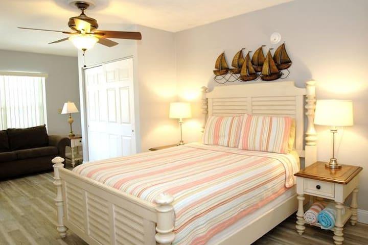 Castnetter 10 - Queen Size Bed