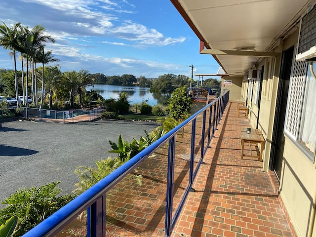 Taree Motor Inn ( Only River View Motel in Taree)
