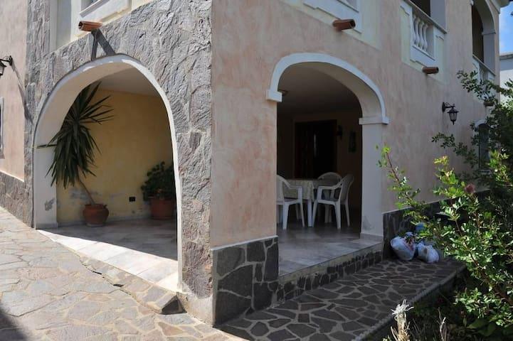 maison antoine - Orosei - Apartamento
