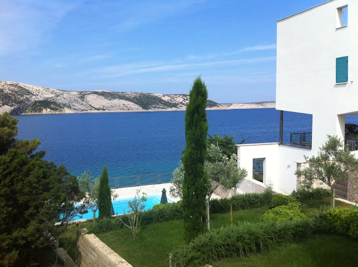 Apartment Stara Novalja,Sea view,Private swimpool