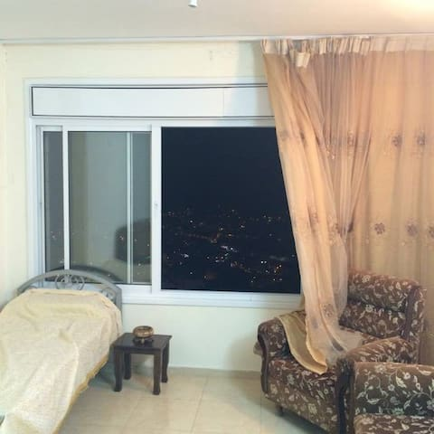 night view and single bed
