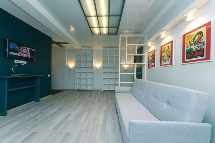 Exclusive loft style apartments in the ♡ of Kiev)