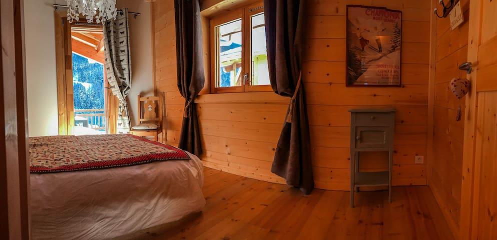 Val-Cenis : chambre privée dans chalet