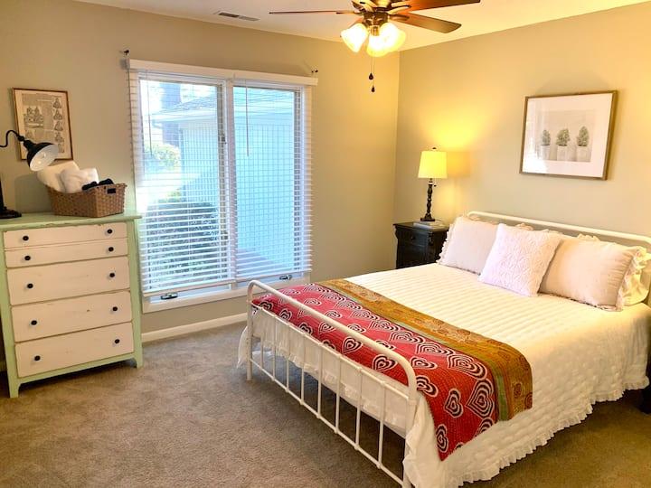 New in Pinehurst! Clean, comfortable, convenient.
