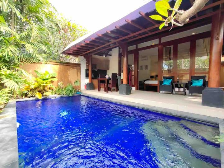 TROPICAL HONEYMOON 1BR Umalas Villa