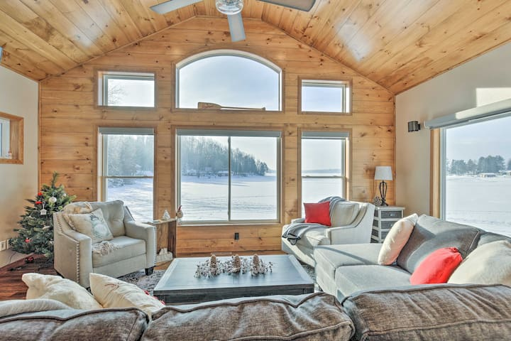 Spacious Northwoods Family Cabin w/ Lake Views!