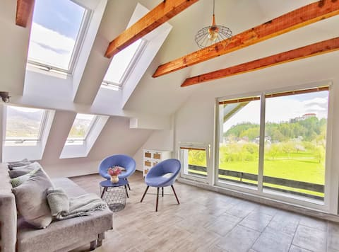 Deerwood-Sky Penthouse with Bled Castle view