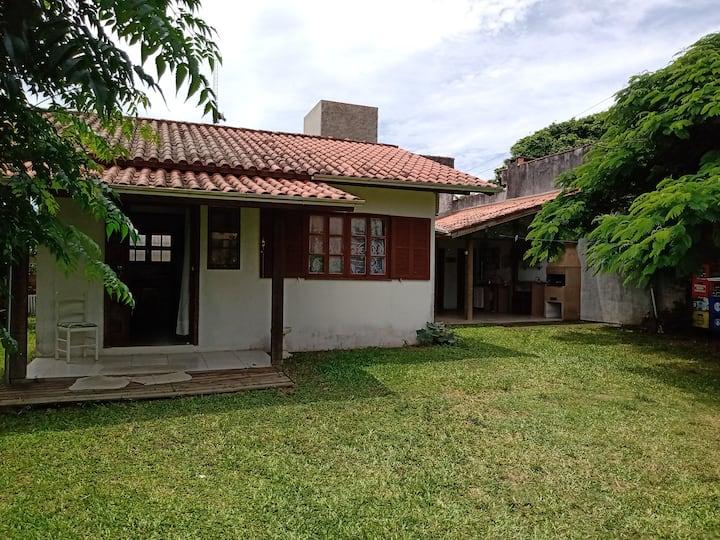Casa GAROPABA com 2 quartos