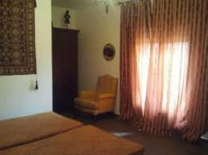 Casa habitaciones para pareja y familias El Toboso