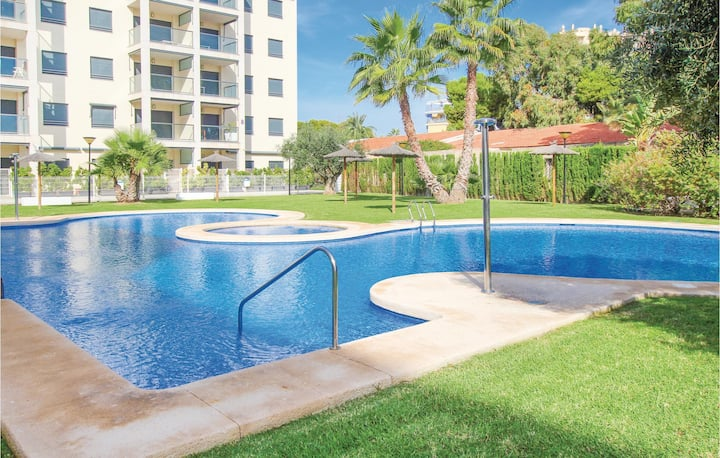 Beautiful home in El Campello with 2 Bedrooms