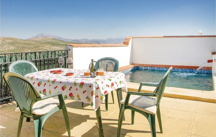 Holiday cottage with 5 bedrooms on 240 m² in Castil de Campos