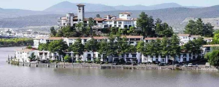 Estudio boutique  junto al lago - Plaza Náutica