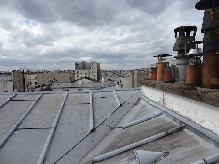Sur les toits du Marais à Paris - bail mobilité