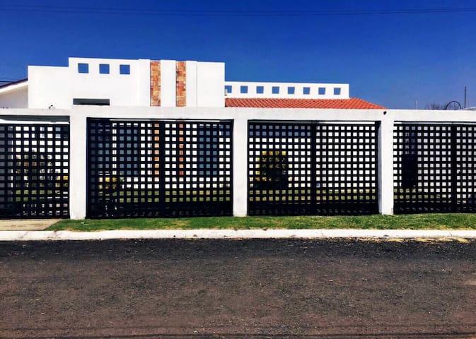 Increíble Casa en Oaxtepec - Oaxtepec - House