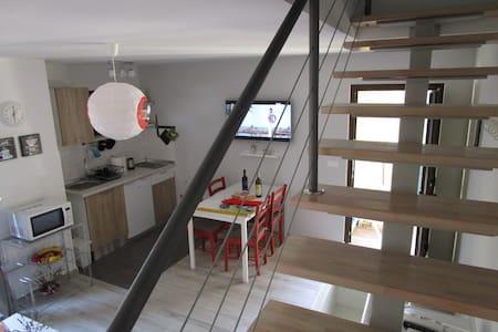 GoGa Guest House in Pula - Pula - Domek gościnny