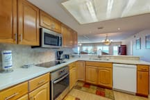 Spacious, waterfront condo w/ shared pool, hot tub, & tennis