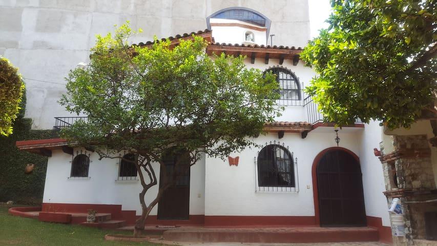 Casa privada en zona residencial segura en Oaxaca