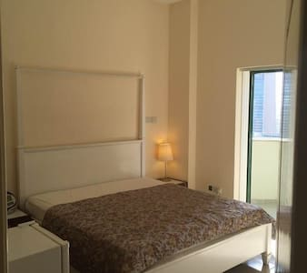 Lovely Rooms Next To Burj Khalifa - ドバイ