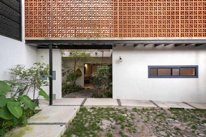 Private apartment 2 BD in Chapalita - EXPO AREA