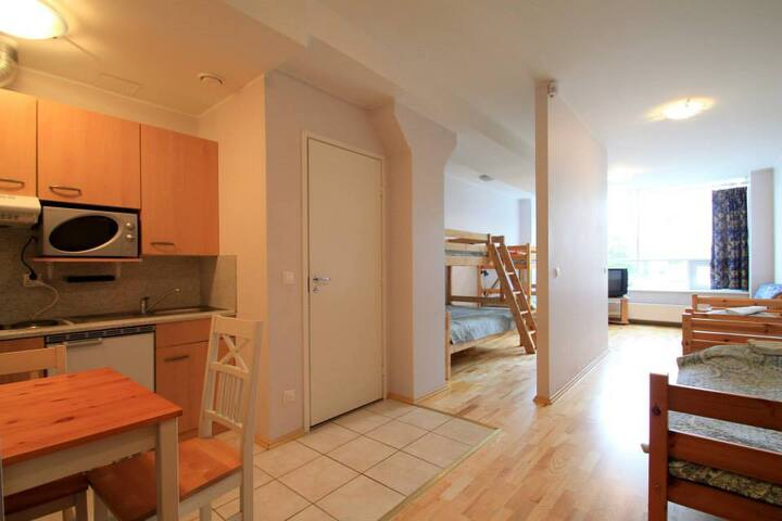 Studio Apartment near City Center! - Talin - Apartamento