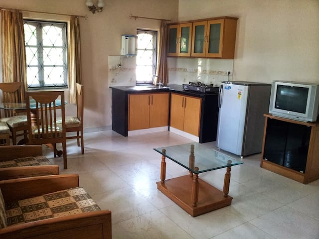 Goa Studio in Betalbatim (Studio 1) - Betalbatim, Salcete, South Goa - Apartemen