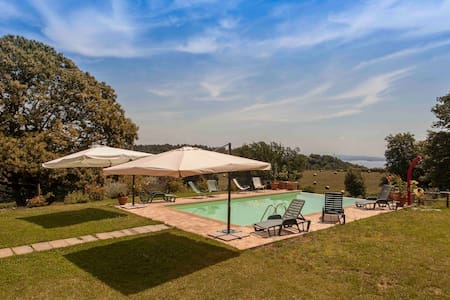 Room in Country House - Bracciano - Bed & Breakfast