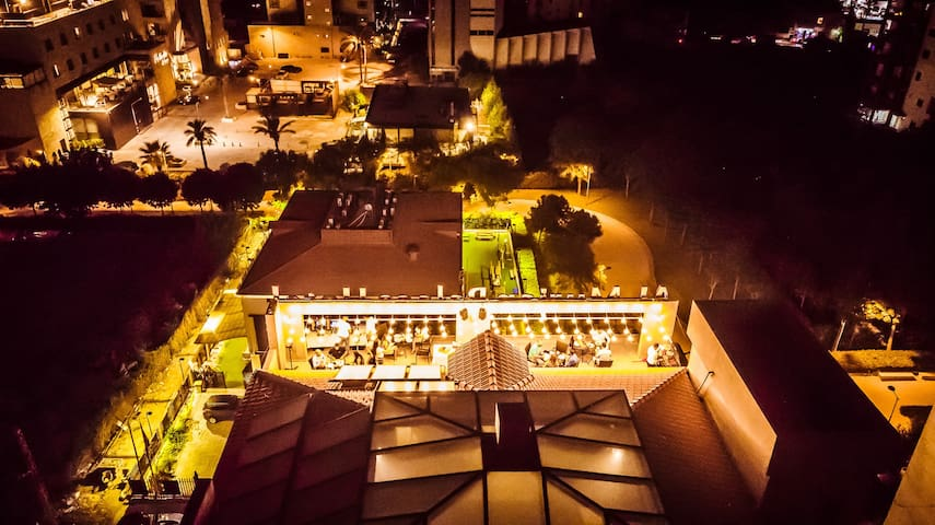 ★ Jounieh Panoramic Rooftop (Ideal for Parties)
