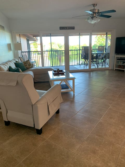 Rock 'n Reel Water-Front Condo and Boat Slip