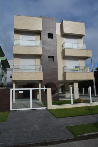 Apartamento novo em Palmas do arvoredo