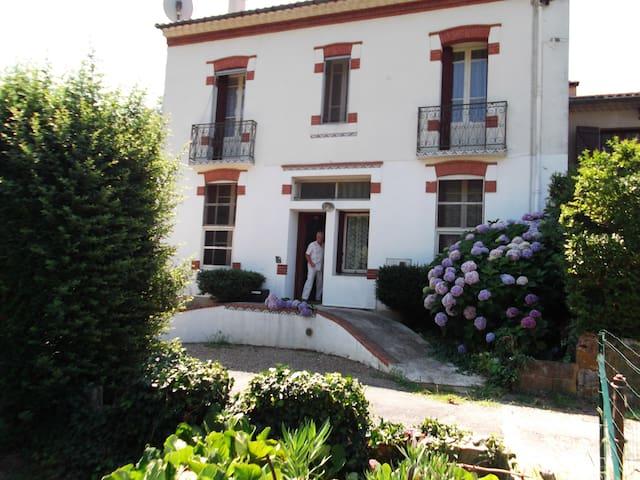 maison familiale au coeur du Caroux - Mons la trivalle - House