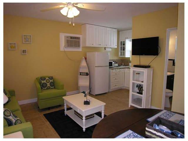 Sun-Drenched, Sandy Siesta Key, FL - Sarasota - Appartement