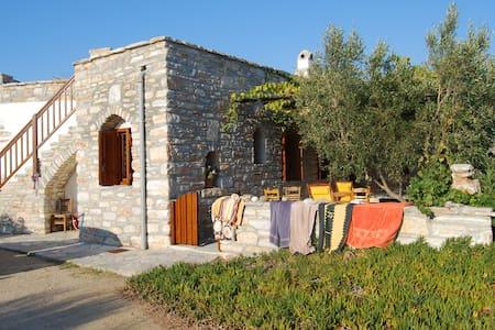 Rustikales Ferienhaus mit Charme - Agia Anna