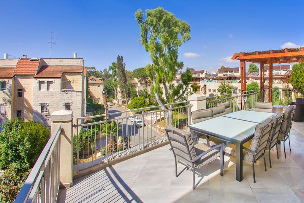 Rent A Room In Jerusalem Israel