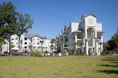 Luxury Apartment Living - Hanahan - Apartment