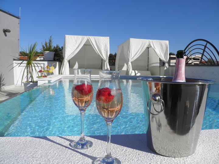 rooftop pool & terrace - Villa Harmony