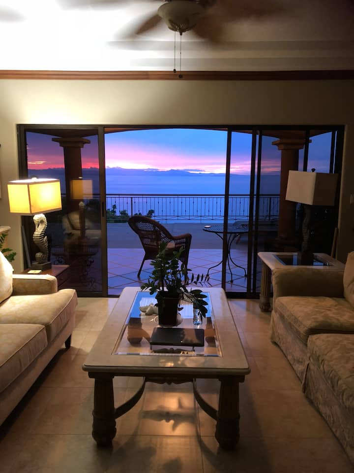 Leonamar Villa with Ocean View